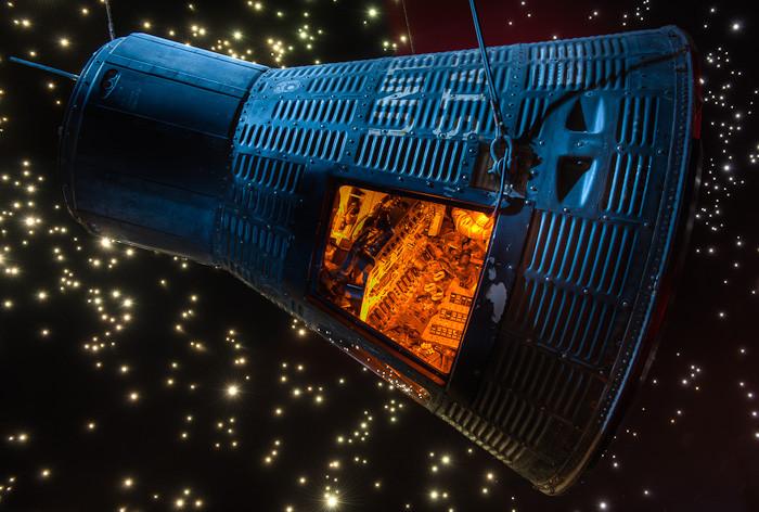Mercury Capsule, Space Center Houston